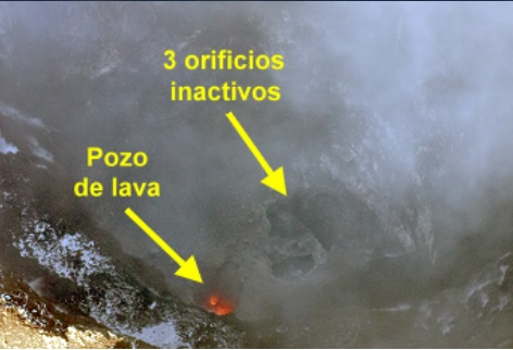 Three inactive and one active vent with a small lava pond (image: @povi_cl/twitter)