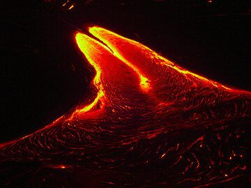 Night-time lava flow (5)