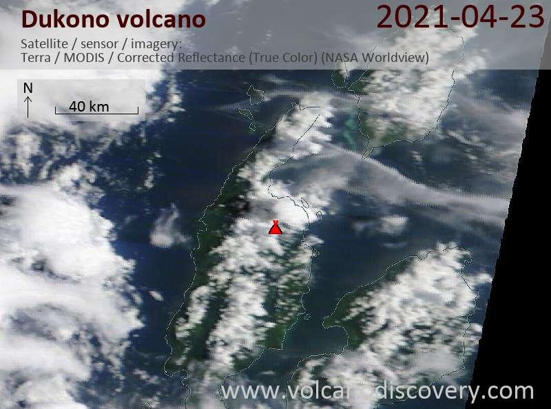 Satellitenbild des Dukono Vulkans am 23 Apr 2021