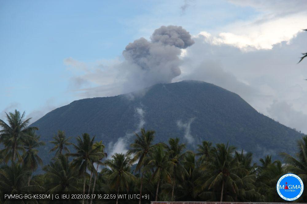 Ash emissions from Ibu volcano on 17 May (image: PVMBG)