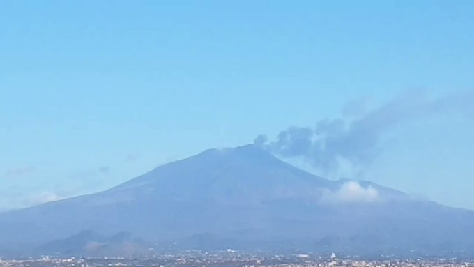 Ash emissions from Etna volcano today (image: @tryskeles/twitter)
