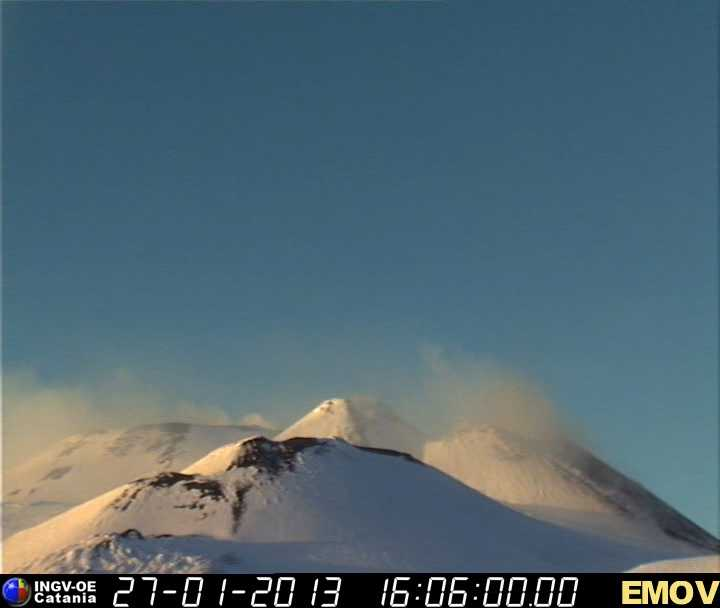 Snow-covered Etna seen in the evening today (INGV webcam)