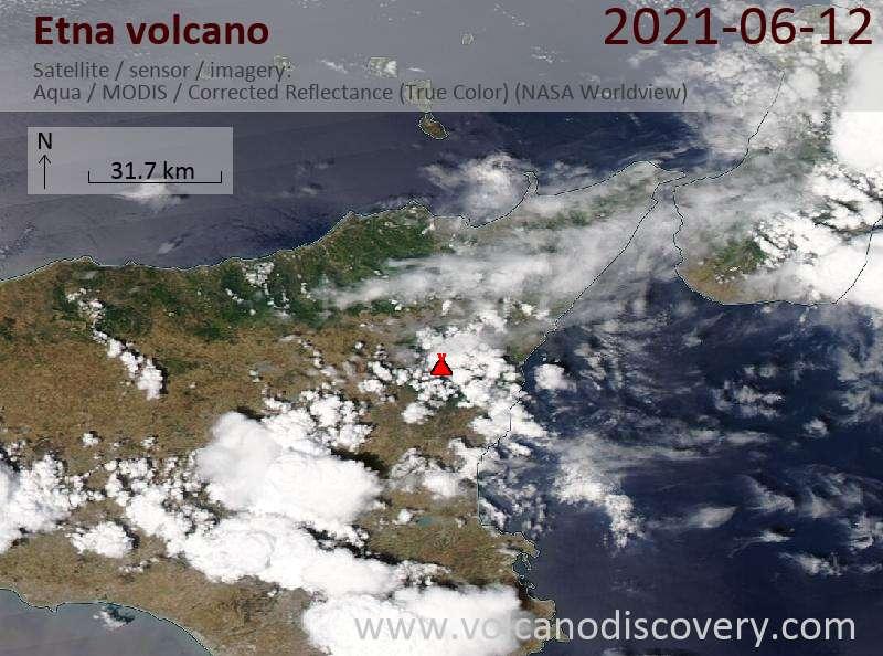 Satellitenbild des Etna Vulkans am 12 Jun 2021
