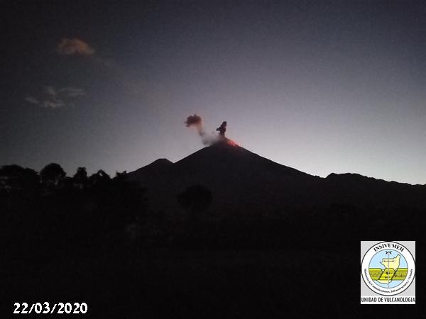 Strombolian explosion from Fuego volcano (image: INSIVUMEH)