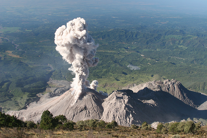 The Santiaguito lava dome complex with a typical ash eruption in late Dec 2009. (Photo: Y. Chebli)