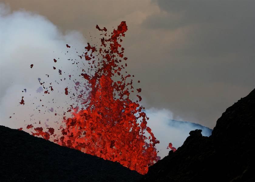 Nyamulagira volcano eruption Feb 2012