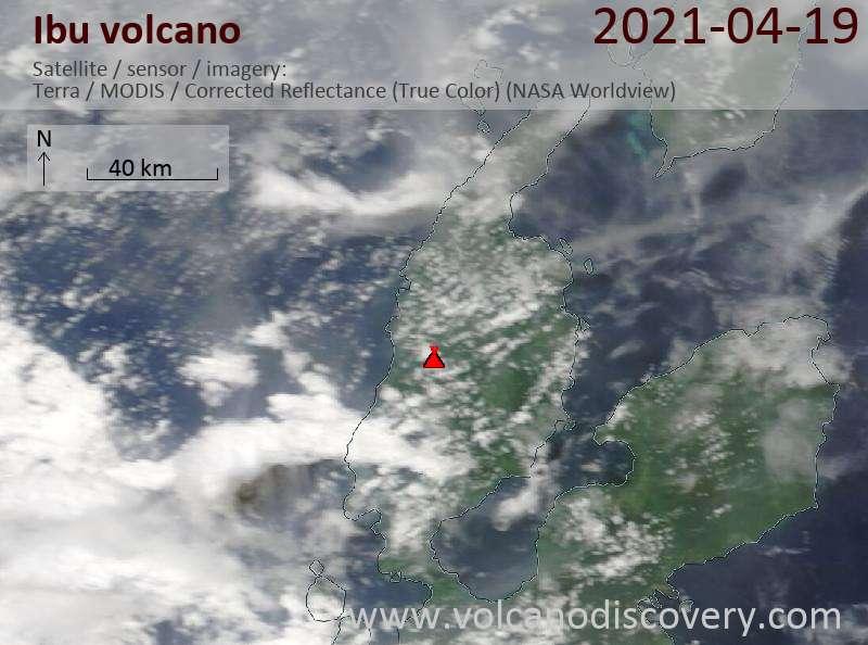 Satellitenbild des Ibu Vulkans am 20 Apr 2021