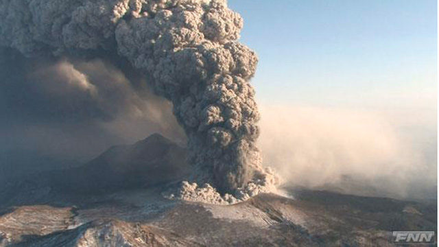 The eruption of Kirishima volcano (Photo: FNN news)