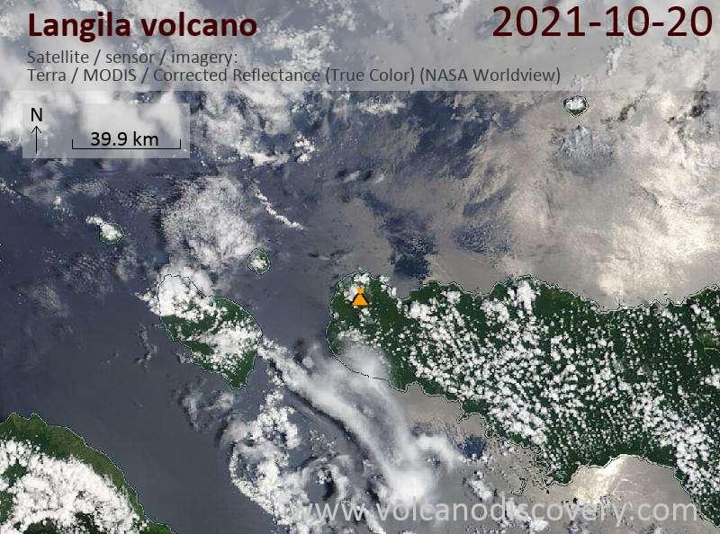 Спутниковое изображение вулкана Langila 20 Oct 2021