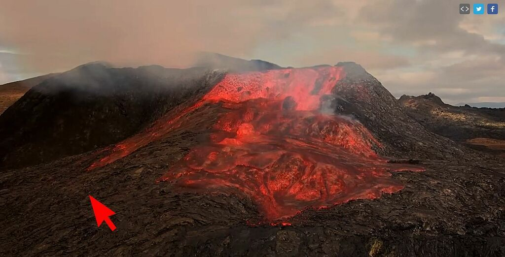 Location of a tourist on the slope of the active cone of the Reykjanes eruption in Iceland, almost caught in lava flows (image: RUV webcam / Iceland Review)