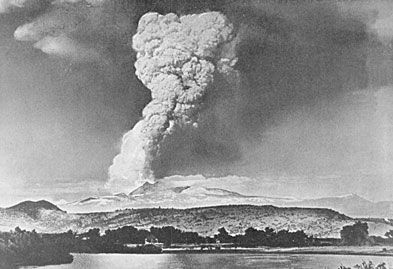 """The """"Great Explosion"""" eruption column of May 22, 1915 was seen as far as 150 mi (241 km) away (Photograph by R.E. Stinson)"""