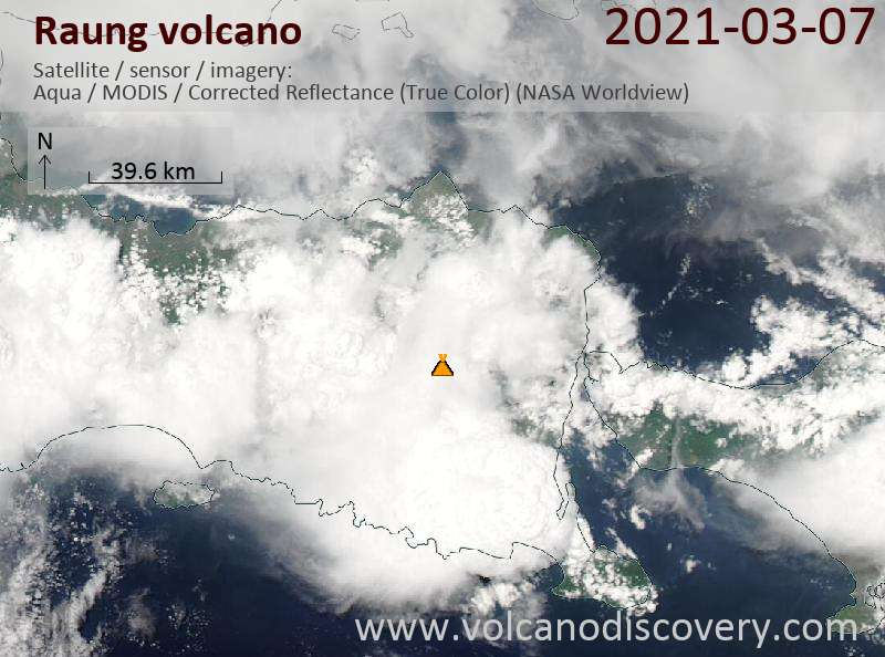Satellite image of Raung volcano on  7 Mar 2021