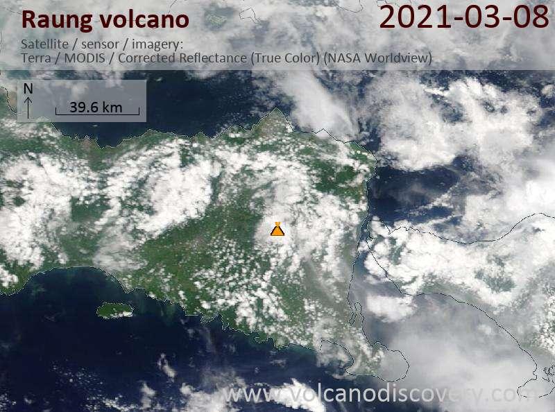 Satellite image of Raung volcano on  8 Mar 2021