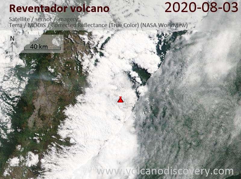 Спутниковое изображение вулкана Reventador  3 Aug 2020