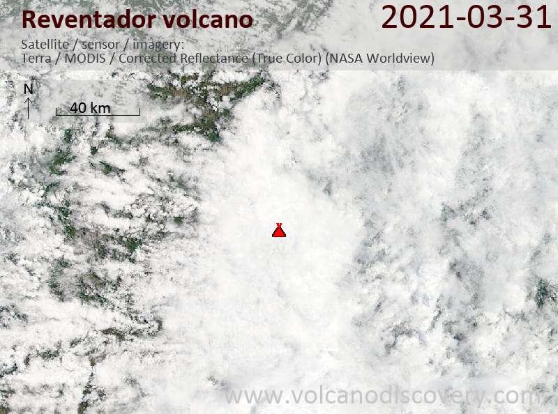 Спутниковое изображение вулкана Reventador  1 Apr 2021
