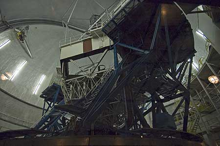 Inside the Keck telescope