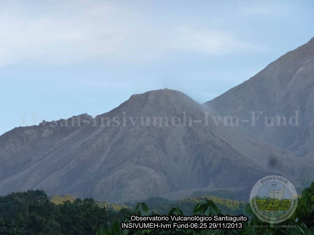 Santiaguito's Caliente lava dome yesterday morning (INSIVUMEH)