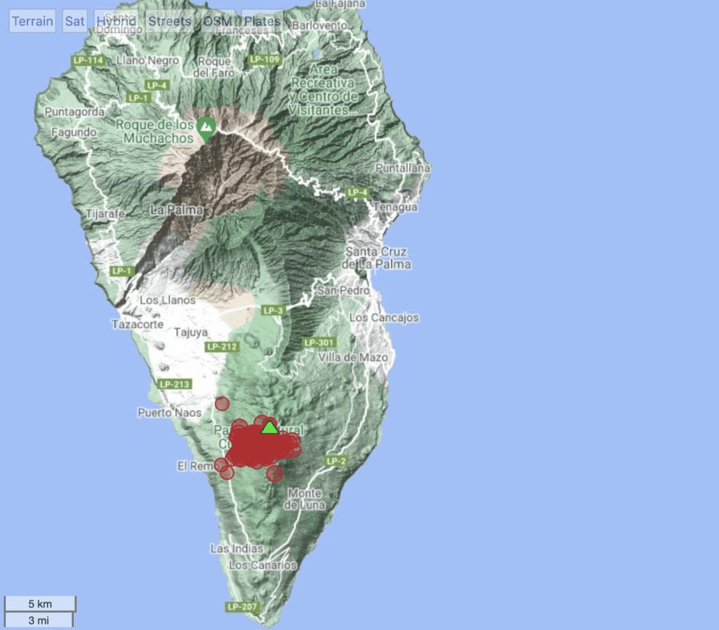 Locations of recent quakes under La Cumbre Vieja volcano (Canary Islands)
