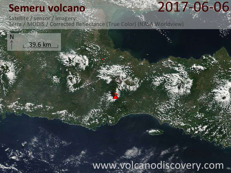 Satellite image of Semeru volcano on  7 Jun 2017