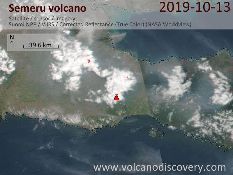 Satellitenbild des Semeru Vulkans am 14 Oct 2019