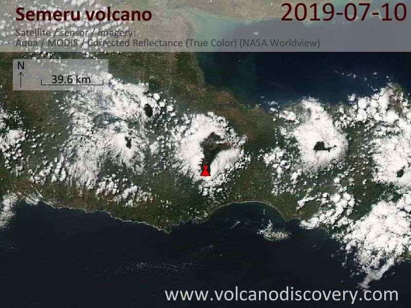 Satellitenbild des Semeru Vulkans am 10 Jul 2019