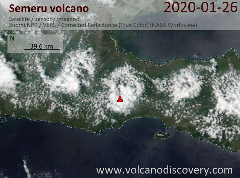 Satellitenbild des Semeru Vulkans am 27 Jan 2020