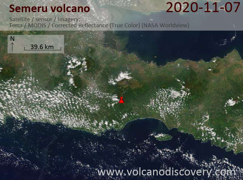 Satellite image of Semeru volcano on  7 Nov 2020