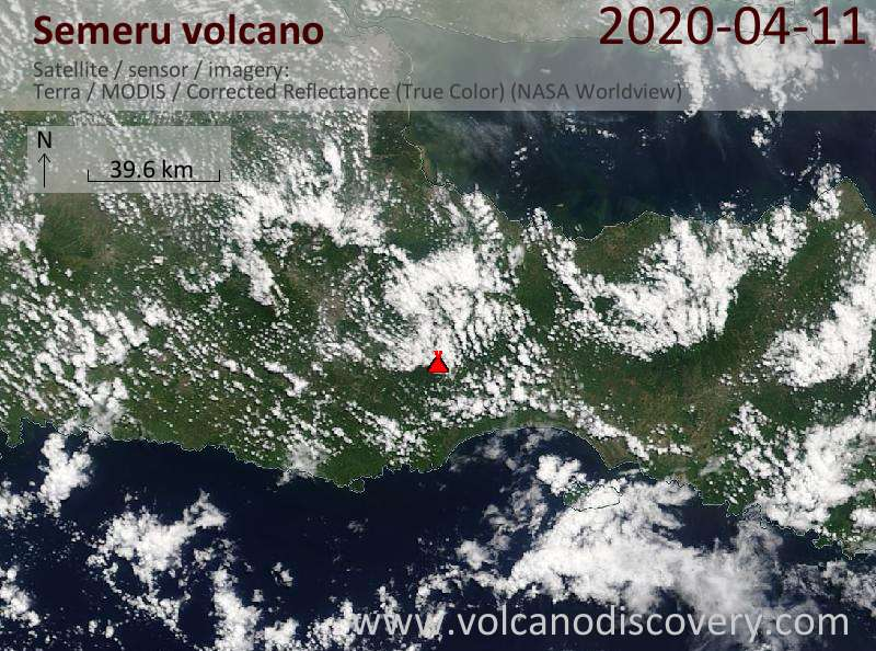 Satellitenbild des Semeru Vulkans am 11 Apr 2020