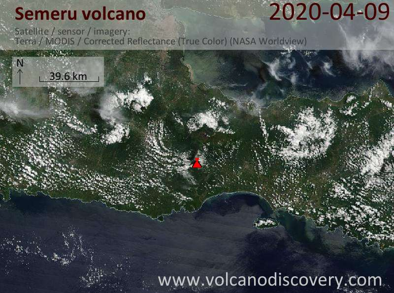Satellitenbild des Semeru Vulkans am  9 Apr 2020