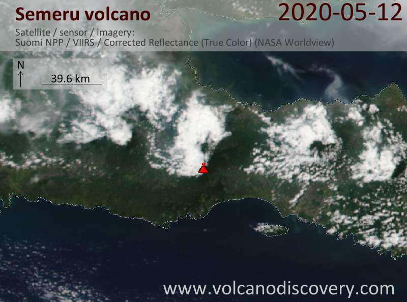Satellitenbild des Semeru Vulkans am 13 May 2020