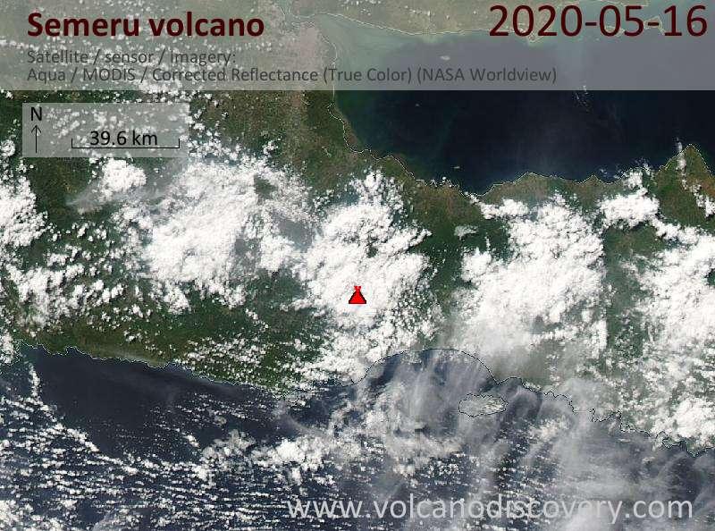 Спутниковое изображение вулкана Semeru 17 May 2020