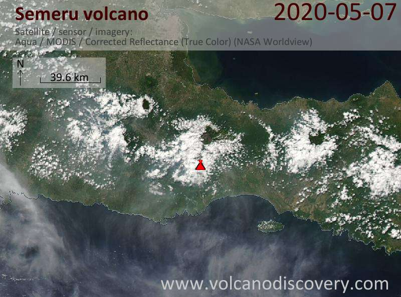Satellitenbild des Semeru Vulkans am  7 May 2020