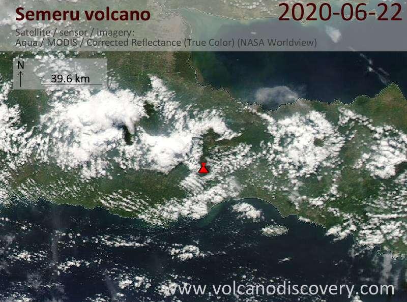 Спутниковое изображение вулкана Semeru 22 Jun 2020