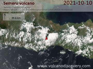Satellite image of Semeru volcano on 10 Oct 2021
