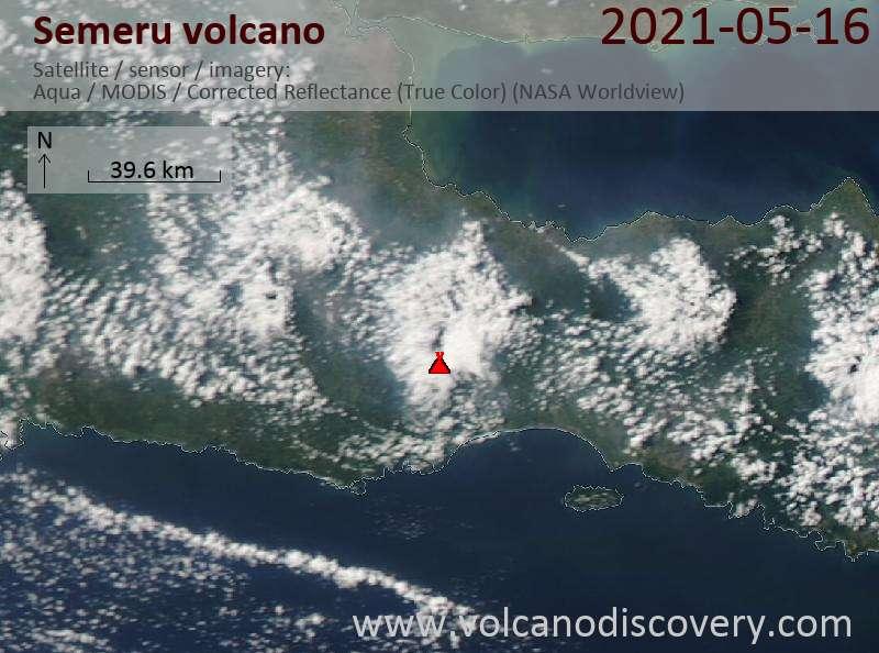 Спутниковое изображение вулкана Semeru 17 May 2021