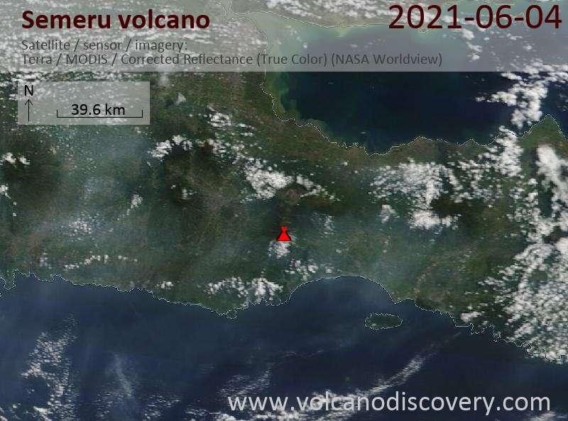 Satellite image of Semeru volcano on  5 Jun 2021