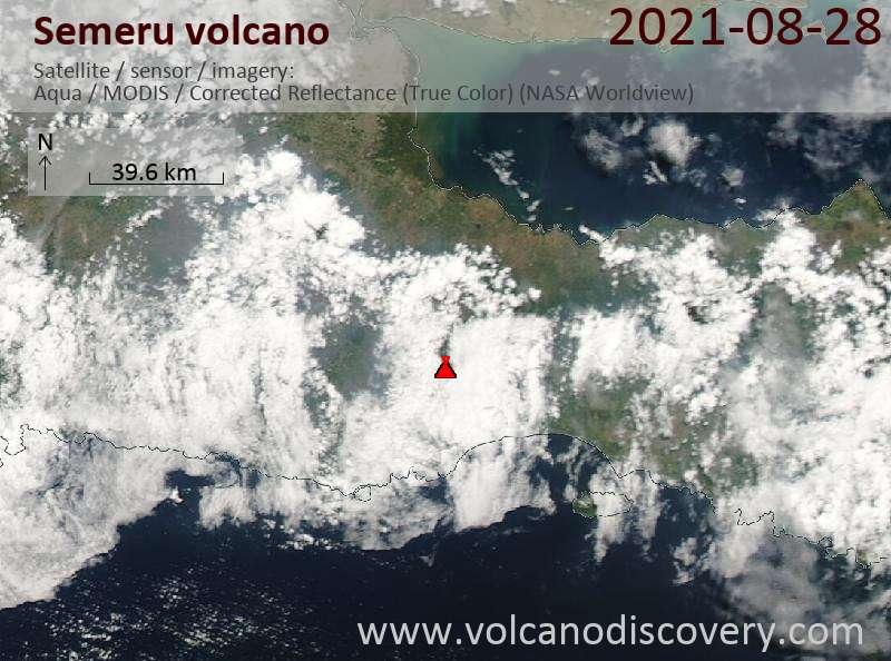 Satellitenbild des Semeru Vulkans am 28 Aug 2021