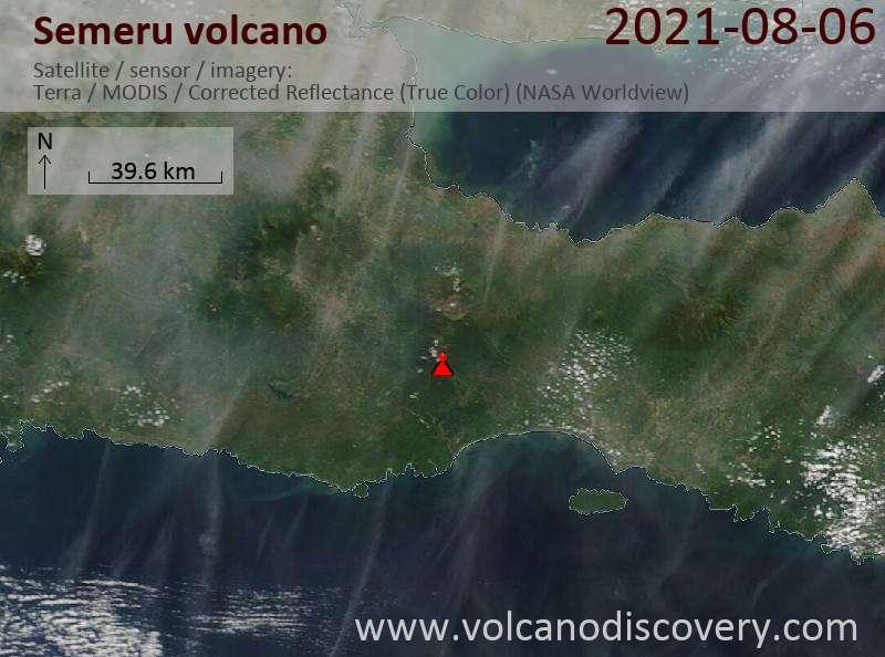 Satellite image of Semeru volcano on  7 Aug 2021