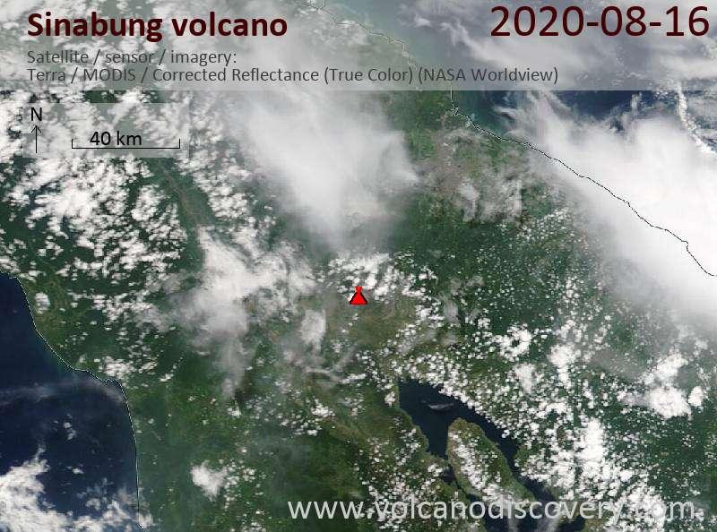 Спутниковое изображение вулкана Sinabung 16 Aug 2020