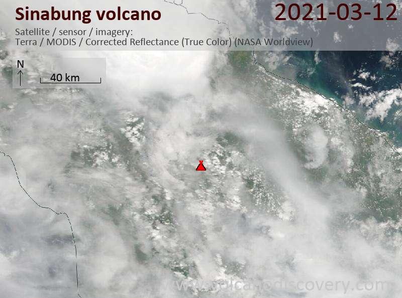 Спутниковое изображение вулкана Sinabung 12 Mar 2021