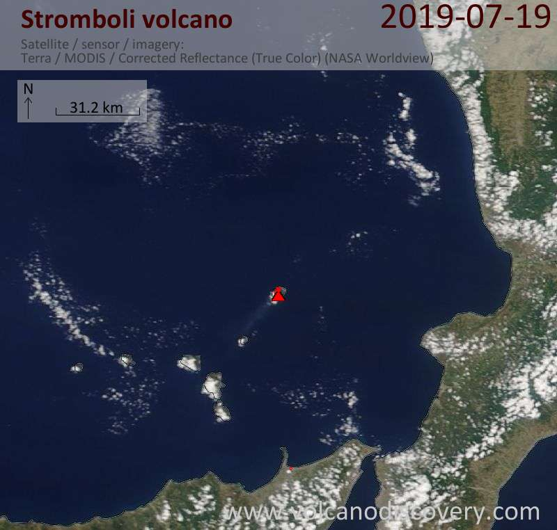 Satellitenbild des Stromboli Vulkans am 19 Jul 2019