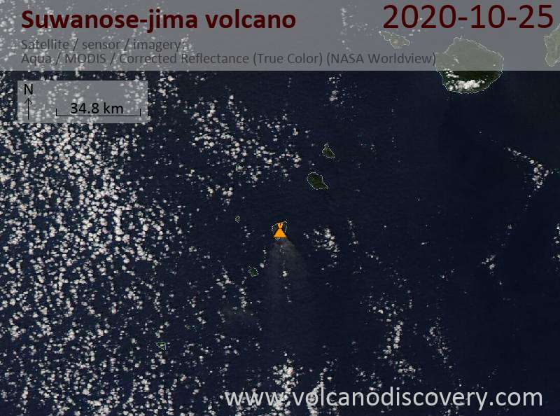 Satellitenbild des Suwanose-jima Vulkans am 25 Oct 2020