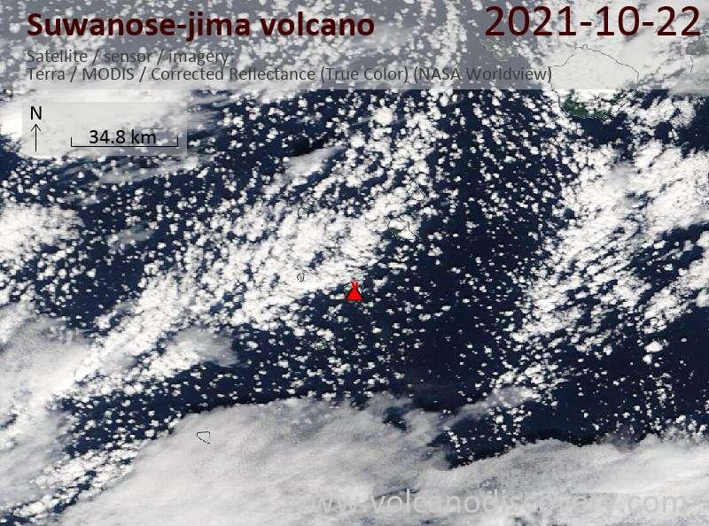 Спутниковое изображение вулкана Suwanose-jima 22 Oct 2021