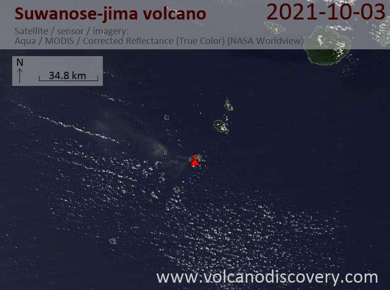 Satellite image of Suwanose-jima volcano on  4 Oct 2021