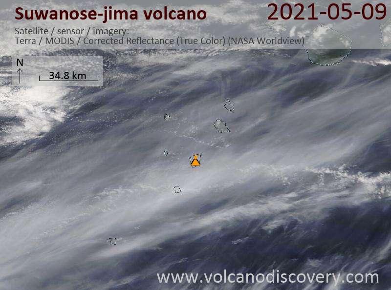 Satellite image of Suwanose-jima volcano on 10 May 2021