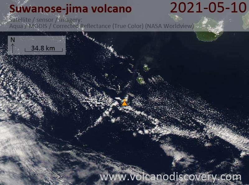 Спутниковое изображение вулкана Suwanose-jima 11 May 2021