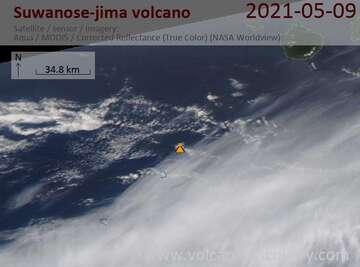 Satellite image of Suwanose-jima volcano on  9 May 2021