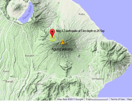 Map of Agung volcano on Bali with the location of the recent mag 4 earthquake