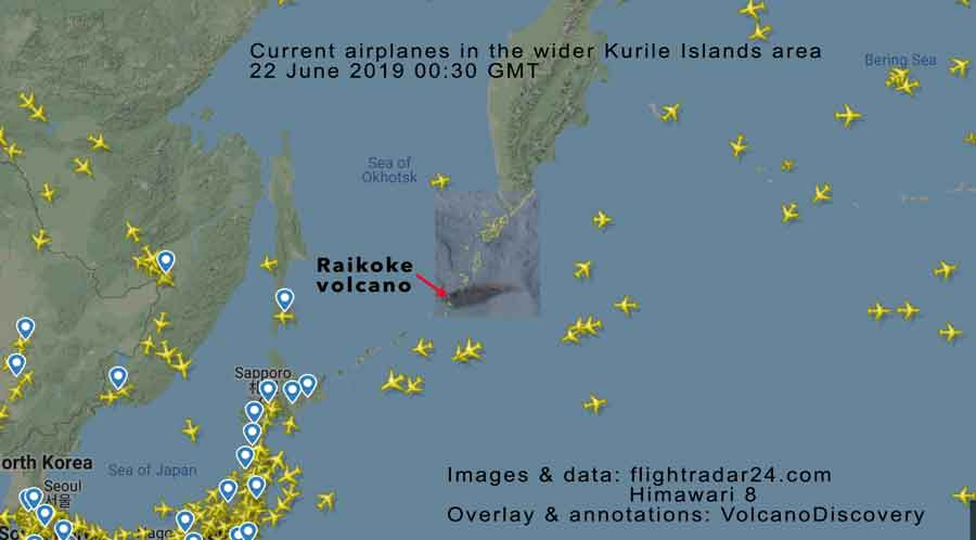 Map of the relevant portion of the NW Pacific area with the Raikoke ash plume shown and airplanes currently in the air