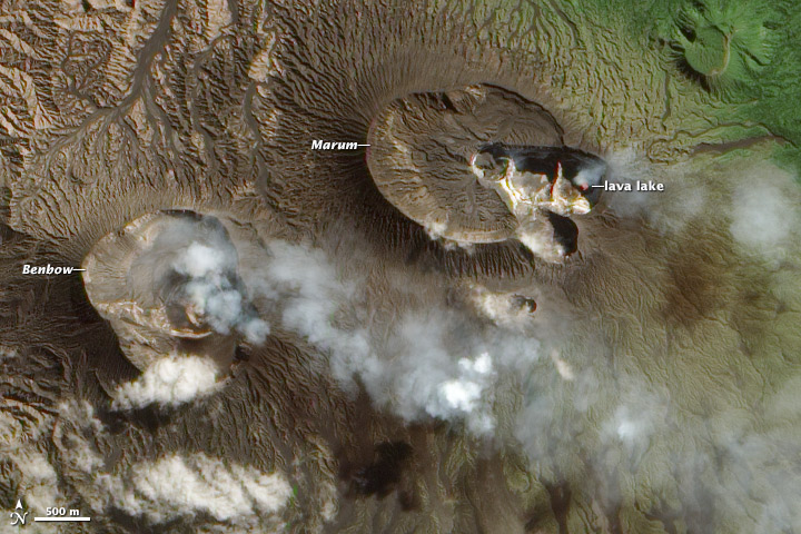 Satellite image of the craters Benbow and Marum of Ambrym volcano from 9 Aug 2013 (NASA Earth Observatory, annotations by Robert Simmons)